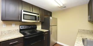 Heatherstone Apartment Homes Photo Gallery 1