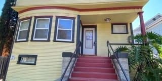 3018 I Street  # B Photo Gallery 1