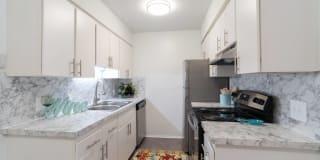 Ivanhoe Apartments Photo Gallery 1