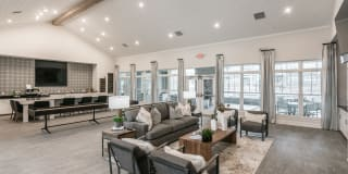 Kirkwood Place Apartments Photo Gallery 1