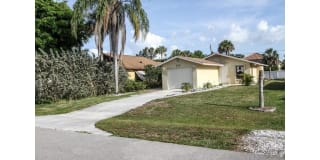 526 98th AVE N Photo Gallery 1