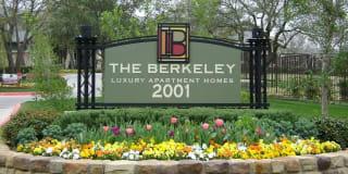 The Berkeley Luxury Apartment Homes Photo Gallery 1
