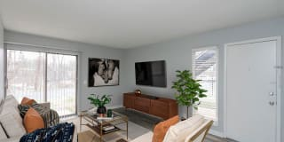 Axis Apartment Homes Photo Gallery 1