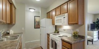Oakwood Apartments Photo Gallery 1