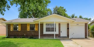 226 West Campbell Drive Photo Gallery 1