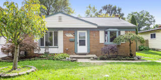 34211 Cherry Hill Rd Photo Gallery 1