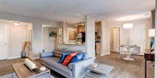 Ellicott Grove Apartments Photo Gallery 1