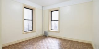 312 Manhattan Avenue Photo Gallery 1
