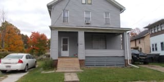 820 Prospect Ave NW Photo Gallery 1