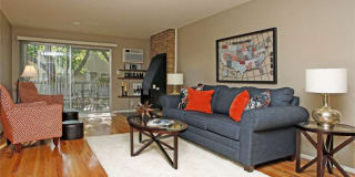 Amber Apartments of Royal Oak Photo Gallery 1
