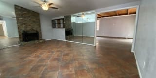 2735 Mobley Street Photo Gallery 1