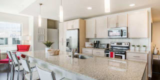 Griffis LoDo Apartment Homes Photo Gallery 1