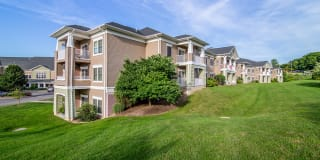 Greenwood Cove Apartments Photo Gallery 1