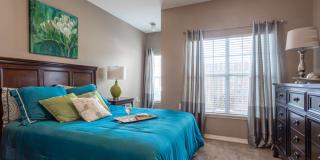 Lexington Place Apartments Photo Gallery 1