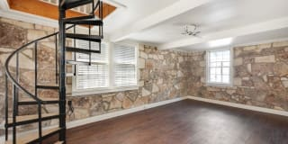 612 Cliff DR Photo Gallery 1