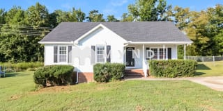 1084 Holly Pointe Dr Photo Gallery 1