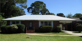 2920 Maple Road Photo Gallery 1
