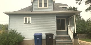 138 7th Ave W Photo Gallery 1