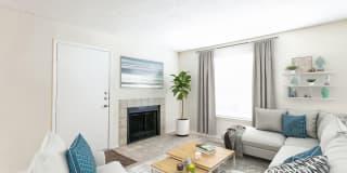 Saddletree Apartments Photo Gallery 1