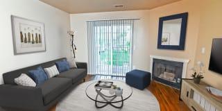Cherry Lane Apartments Photo Gallery 1