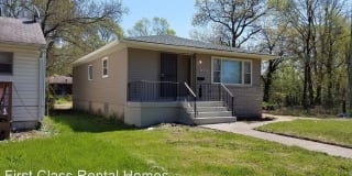 1069 Whitcomb St Photo Gallery 1