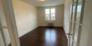496 ANDERSON AVE UNIT # 2 Photo Gallery 1