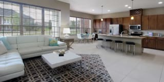 BelleMeade Apartments Photo Gallery 1