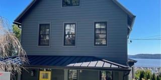 220 Hudson Terrace Photo Gallery 1