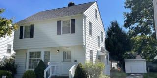 18408 Maple Heights Blvd Photo Gallery 1