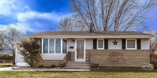 617 Morris Ave Photo Gallery 1