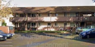 2044 Myrtle Ave NE Photo Gallery 1