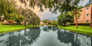 Polo Glen Apartment Homes Photo Gallery 1