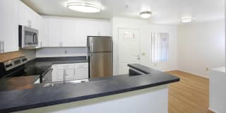 Centre Club Apartments Photo Gallery 1