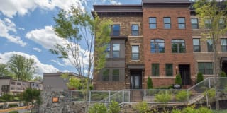 9314 SWEETBAY MAGNOLIA COURT Photo Gallery 1