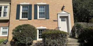 4695 Forestdale Dr Photo Gallery 1