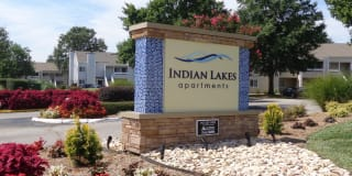 Indian Lakes Apartments Photo Gallery 1