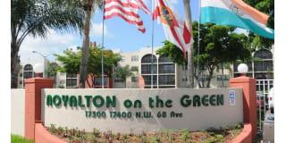 Royalton on the Green Photo Gallery 1