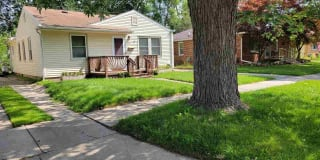 1381 E Chesterfield St Photo Gallery 1