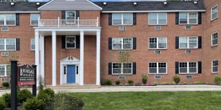 Brookdale Apartments Photo Gallery 1