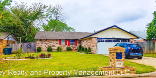 1813 Michell Dr Photo Gallery 1