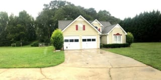 700 Riverview Ln Photo Gallery 1