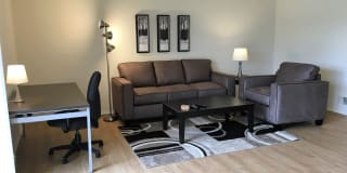 Flex-Lease/Furnished. Renovated-Somerset-Troy Photo Gallery 1