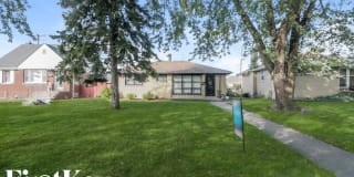 458 Clyde Avenue Photo Gallery 1