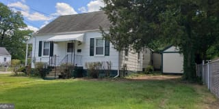 4523 MAPLE RD Photo Gallery 1