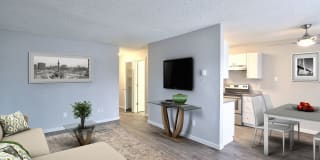 The Melrose Apartments Photo Gallery 1