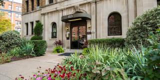 Connecticut Avenue Apartments Photo Gallery 1