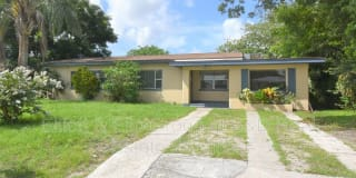 2920 Hickory St. NW Photo Gallery 1