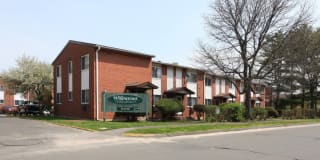 Willowcrest Apartments Photo Gallery 1