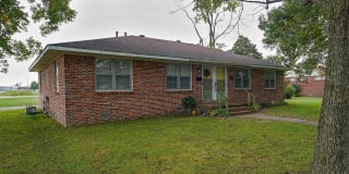 405 North Dr Photo Gallery 1