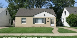 22763 Almond Ave. Photo Gallery 1